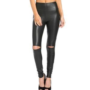 Faux-leather leggings M NWOT